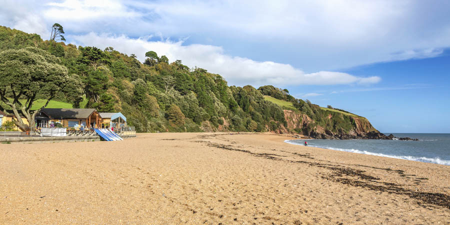 blackpool-sands-beach