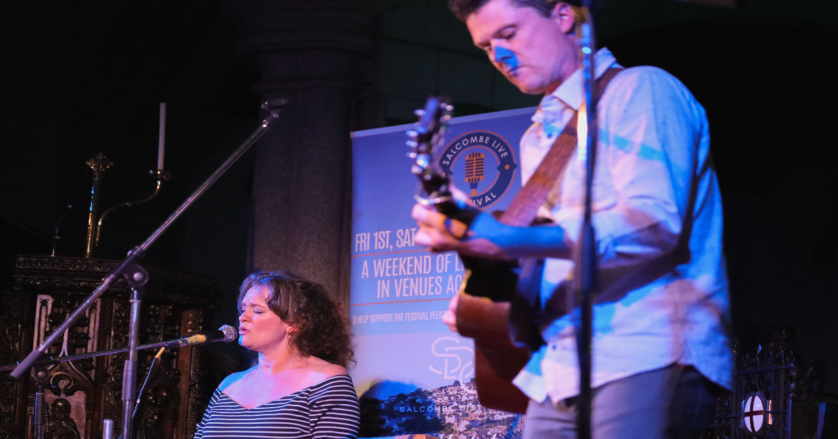 Salcombe Live festival fills the town with music and laughter after a long 18 months